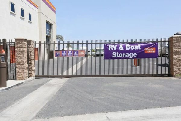Public Storage - San Diego - 6200 Miramar Road 6200 Miramar Road San Diego, CA - Photo 3