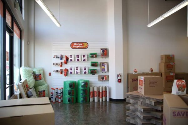 Public Storage - Los Angeles - 4174 W Pico Blvd 4174 W Pico Blvd Los Angeles, CA - Photo 2