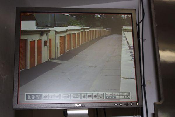 Public Storage - Milwaukie - 13325 SE McLoughlin Blvd 13325 SE McLoughlin Blvd Milwaukie, OR - Photo 3