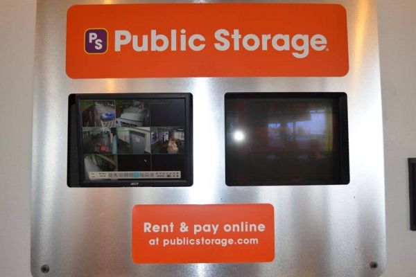 Public Storage - Seattle - 1334 Alaskan Way 1334 Alaskan Way Seattle, WA - Photo 3