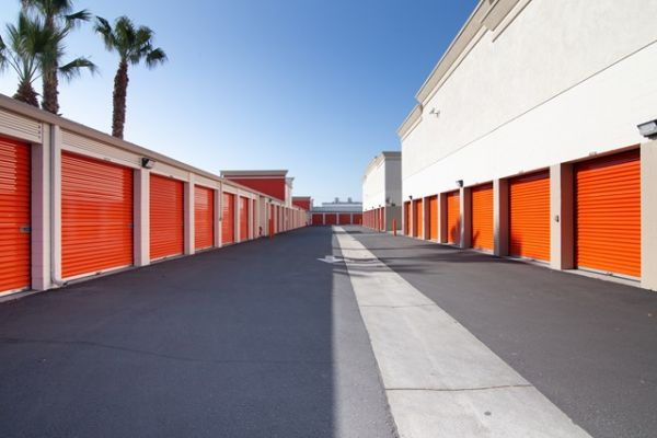 Public Storage - Pico Rivera - 8340 Washington Blvd 8340 Washington Blvd Pico Rivera, CA - Photo 1