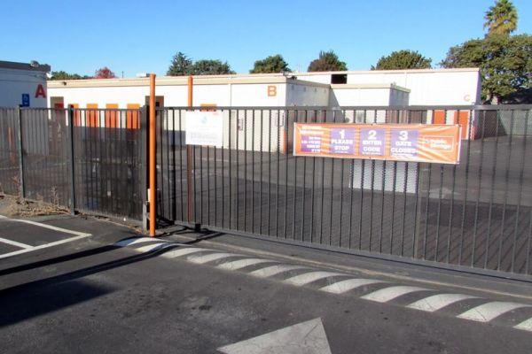 Public Storage - East Palo Alto - 1985 E Bayshore Road 1985 E Bayshore Road East Palo Alto, CA - Photo 3