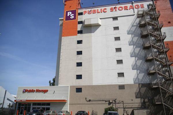 Public Storage - Los Angeles - 3625 S Grand Ave