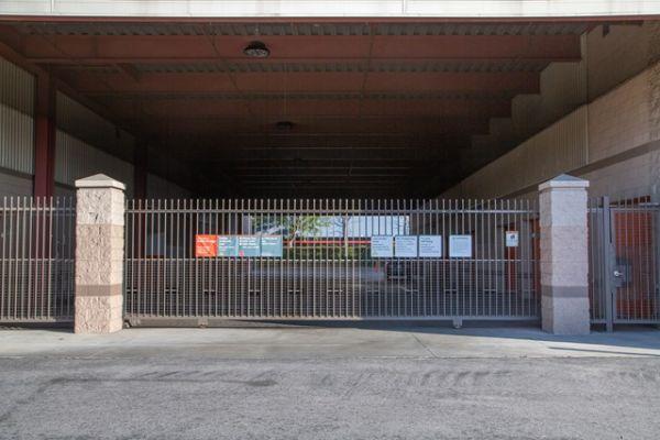 Public Storage - Burbank - 2240 N Hollywood Way 2240 N Hollywood Way Burbank, CA - Photo 3