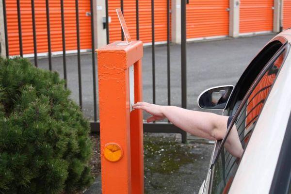 Public Storage - Salem - 280 Lancaster Dr NE 280 Lancaster Dr NE Salem, OR - Photo 4