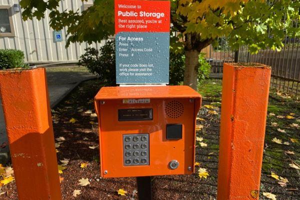 Public Storage - Issaquah - 1701 NW Sammamish Road 1701 NW Sammamish Road Issaquah, WA - Photo 4