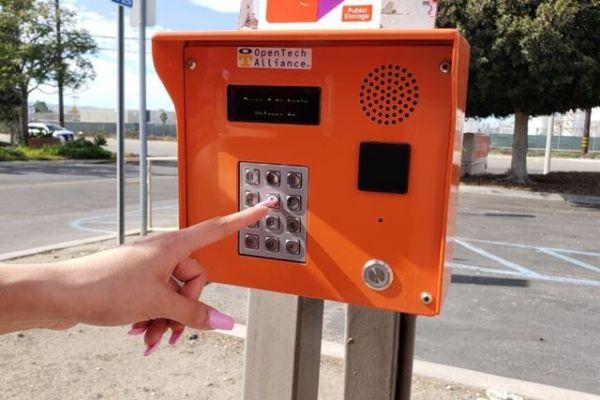 Public Storage - Torrance - 380 Crenshaw Blvd 380 Crenshaw Blvd Torrance, CA - Photo 4