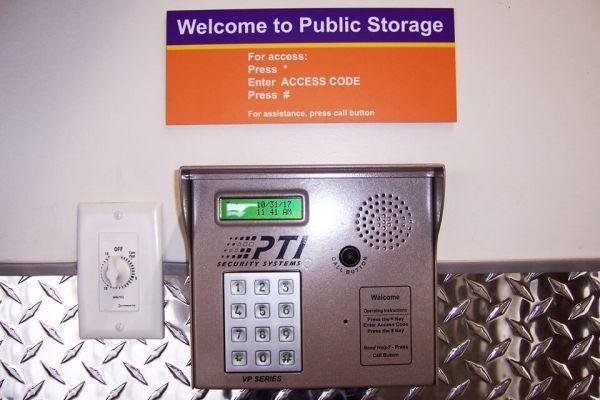 Public Storage - Irvine - 16452 Construction Circle S 16452 Construction Circle S Irvine, CA - Photo 4