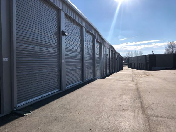 StorTropolis Self Storage - Shawnee 20500 West 66th Terrace Shawnee, KS - Photo 2