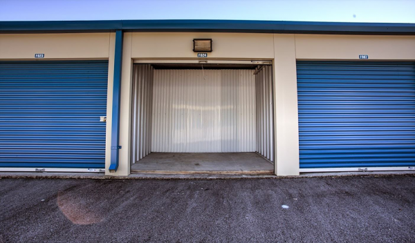 Storage Rentals of America - Knoxville - Sutherland Ave 3303 Sutherland Avenue Northwest Knoxville, TN - Photo 1