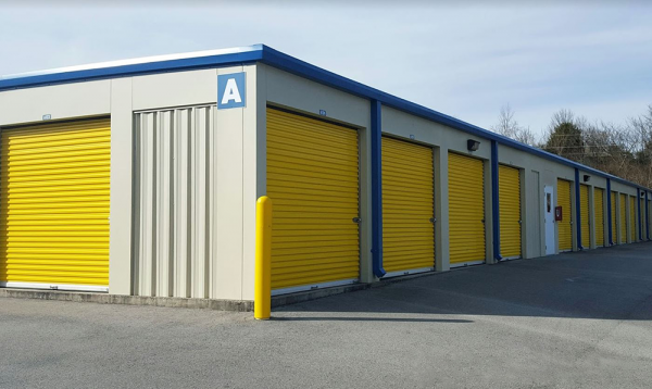 Storage Rentals of America - Knoxville - Sutherland Ave 3303 Sutherland Avenue Northwest Knoxville, TN - Photo 2