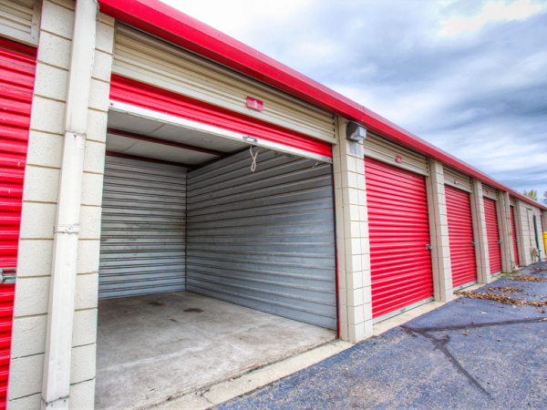Storage Rentals of America - Romulus - Ecorse Rd 28266 Ecorse Road Romulus, MI - Photo 3