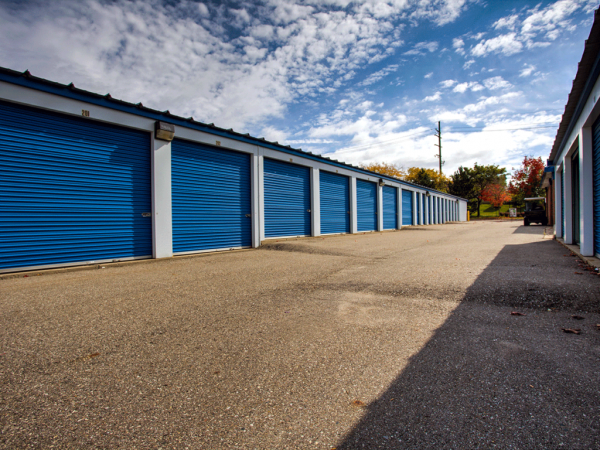 Storage Rentals of America - Lake Orion 1007 Brown Road Orion Charter Township, MI - Photo 6