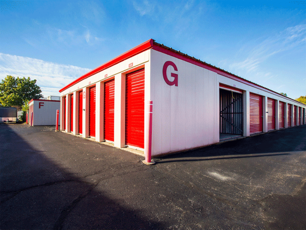 Storage Rentals of America - Wyoming 2621 Burlingame Ave SW Wyoming, MI - Photo 0