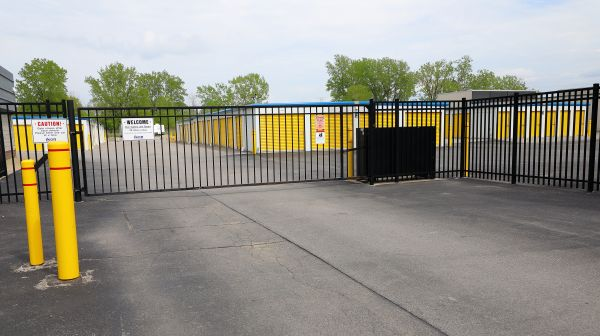 Ikon Self Storage 1777 Union Road West Seneca, NY - Photo 2