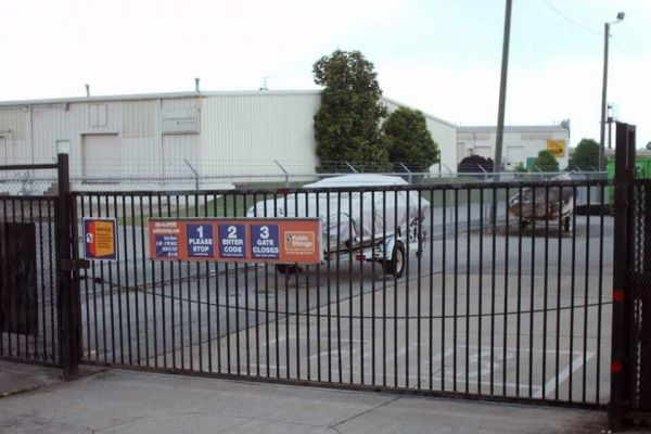 Public Storage - Chattanooga - 4255 Cromwell Road 4255 Cromwell Road Chattanooga, TN - Photo 3