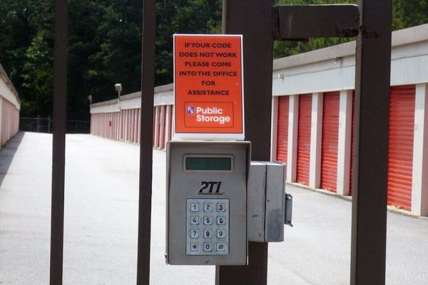 Public Storage - Lake City - 1471 Forest Parkway 1471 Forest Parkway Lake City, GA - Photo 4