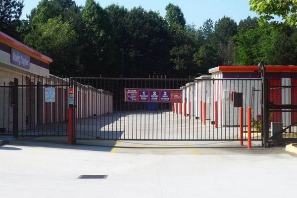 Public Storage - Lake City - 1471 Forest Parkway 1471 Forest Parkway Lake City, GA - Photo 3