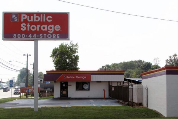 Public Storage - Greensboro - 5714 W Market St 5714 W Market St Greensboro, NC - Photo 0