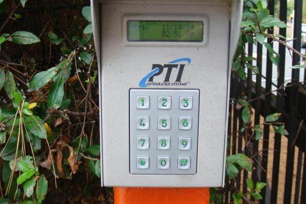 Public Storage - Havertown - 245 West Chester Pike 245 West Chester Pike Havertown, PA - Photo 4