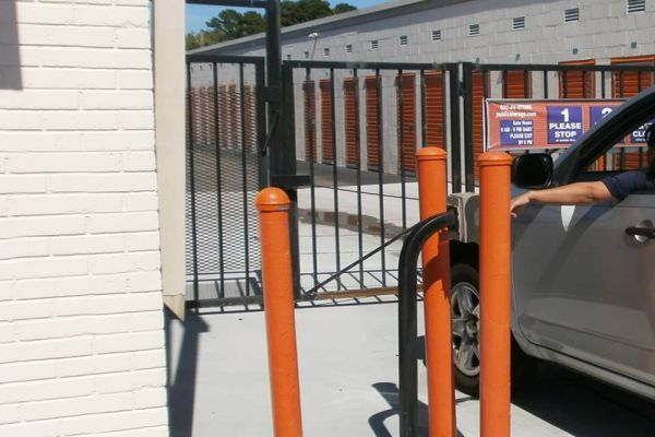 Public Storage - Virginia Beach - 5728 Southern Blvd 5728 Southern Blvd Virginia Beach, VA - Photo 4