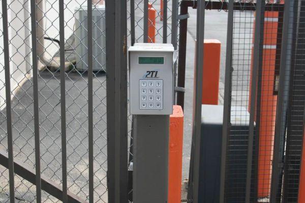 Public Storage - Herndon - 2921 Centreville Road 2921 Centreville Road Herndon, VA - Photo 4