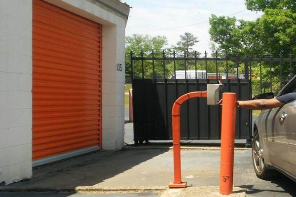 Public Storage - Decatur - 2940 North Decatur Road 2940 North Decatur Road Decatur, GA - Photo 4