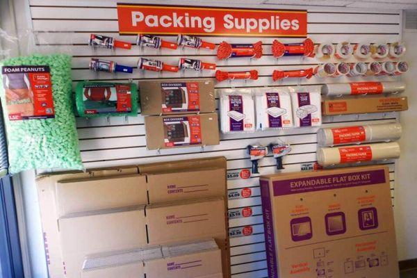 Public Storage - Decatur - 2940 North Decatur Road 2940 North Decatur Road Decatur, GA - Photo 2