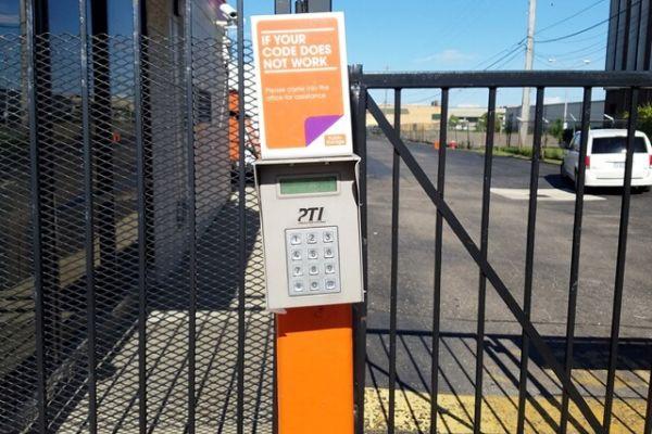 Public Storage - Oak Park - 20950 Greenfield Road 20950 Greenfield Road Oak Park, MI - Photo 4