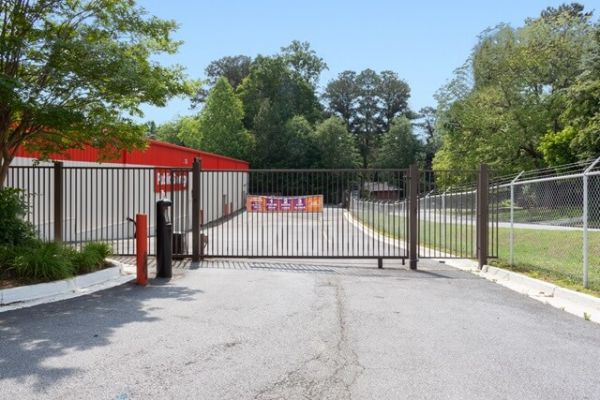 Public Storage - Atlanta - 3692 Clairmont Road 3692 Clairmont Road Atlanta, GA - Photo 3