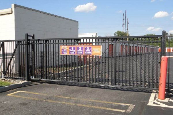 Public Storage - Philadelphia - 2190 Wheatsheaf Lane 2190 Wheatsheaf Lane Philadelphia, PA - Photo 3
