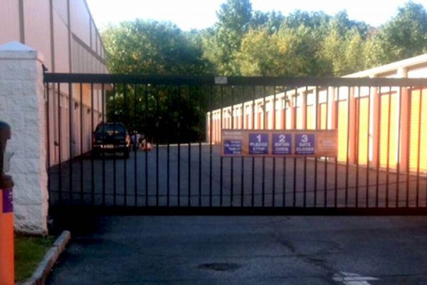 Public Storage - Dover - 510 Mount Pleasant Ave 510 Mount Pleasant Ave Dover, NJ - Photo 3