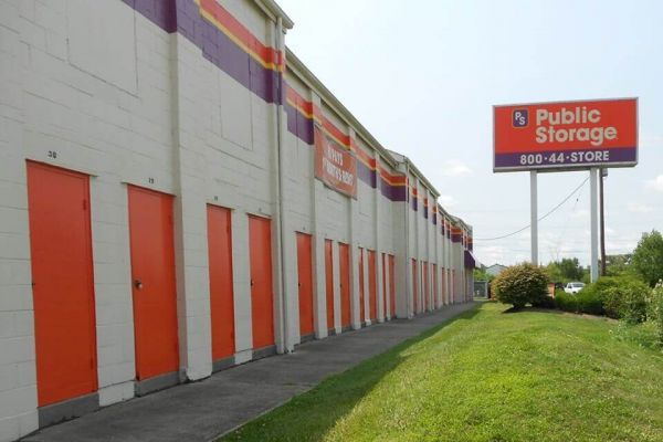 Public Storage - Cincinnati - 2555 E Kemper Rd 2555 E Kemper Rd Cincinnati, OH - Photo 0