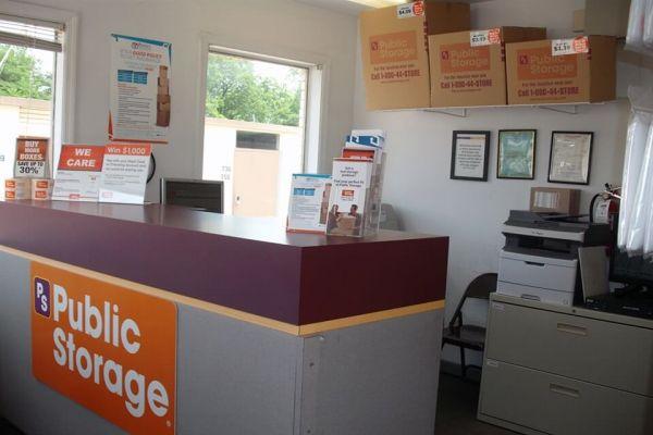 Public Storage - Birmingham - 209 Oxmoor Blvd 209 Oxmoor Blvd Birmingham, AL - Photo 2