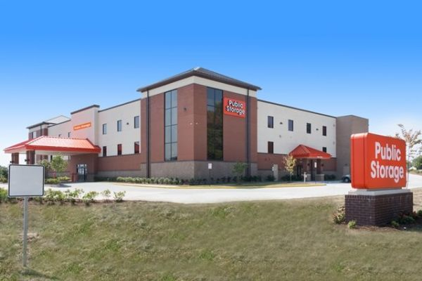 Public Storage - Hollins - 7544 Plantation Rd 7544 Plantation Rd Hollins, VA - Photo 0