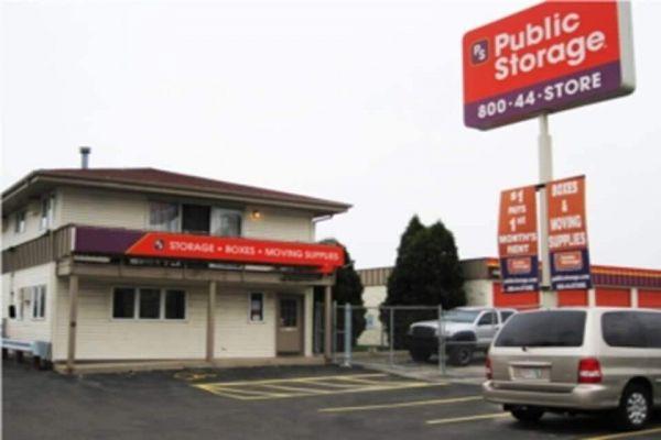 Public Storage - Milwaukee - 5014 S 13th Street 5014 S 13th Street Milwaukee, WI - Photo 0