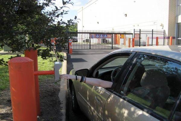 Public Storage - Ellisville - 16230 Truman Road 16230 Truman Road Ellisville, MO - Photo 4