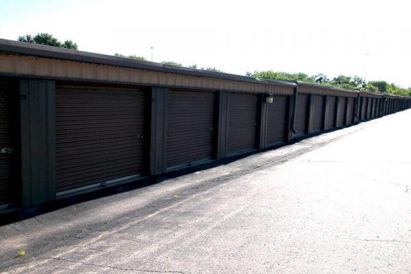 Public Storage - Shawnee - 6855 Hedge Lane Terrace 6855 Hedge Lane Terrace Shawnee, KS - Photo 1