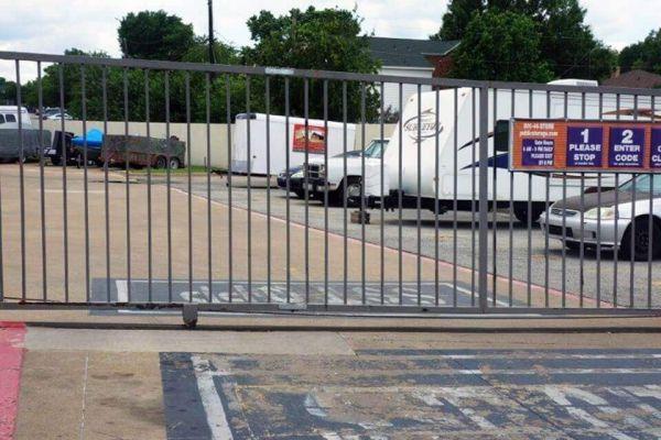 Public Storage - Joplin - 2629 S Range Line 2629 S Range Line Joplin, MO - Photo 3