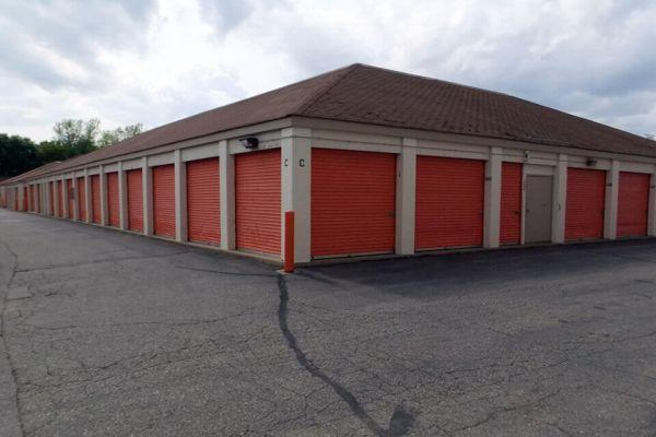 Public Storage - Burnsville - 2000 Old County Rd, 34th Place 2000 Old County Rd, 34th Place Burnsville, MN - Photo 1