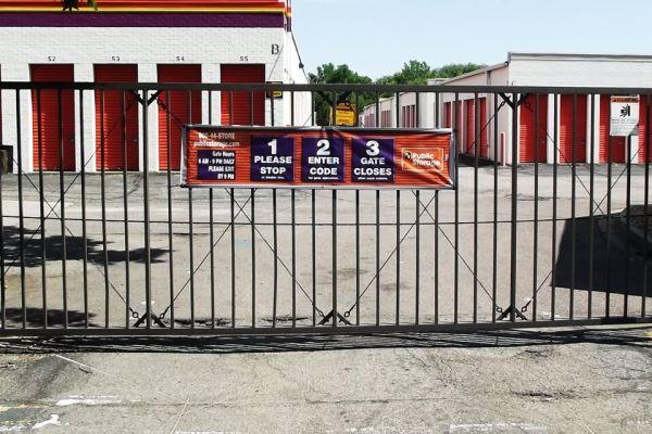 Public Storage - Lakewood - 7701 W 6th Ave 7701 W 6th Ave Lakewood, CO - Photo 3