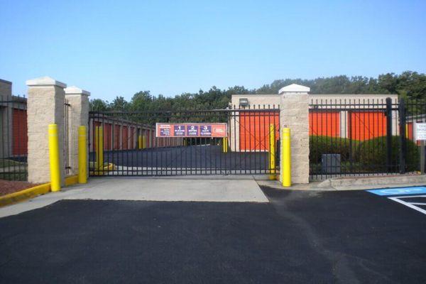 Public Storage - Woodbridge - 13798 Telegraph Rd 13798 Telegraph Rd Woodbridge, VA - Photo 3
