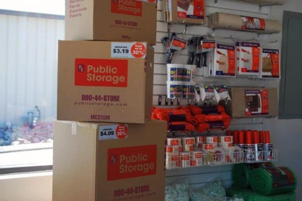 Public Storage - Hixson - 5301 Hixson Pike 5301 Hixson Pike Hixson, TN - Photo 2