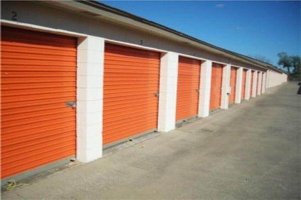 Public Storage - Oklahoma City - 8012 S Santa Fe 8012 S Santa Fe Oklahoma City, OK - Photo 1