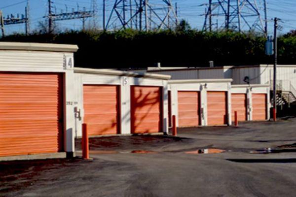 Public Storage - St Louis - 1550 North Lindbergh Blvd 1550 North Lindbergh Blvd St Louis, MO - Photo 1