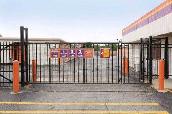 Public Storage - Markham - 3835 W 159th Place 3835 W 159th Place Markham, IL - Photo 2