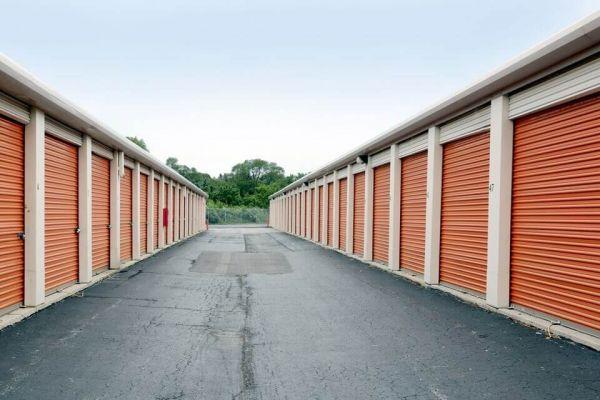 Public Storage - Markham - 3835 W 159th Place 3835 W 159th Place Markham, IL - Photo 4