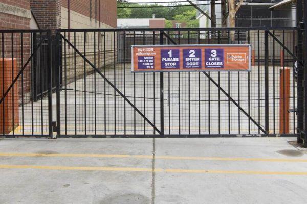 Public Storage - Chicago - 1414 S Wabash Ave 1414 S Wabash Ave Chicago, IL - Photo 3