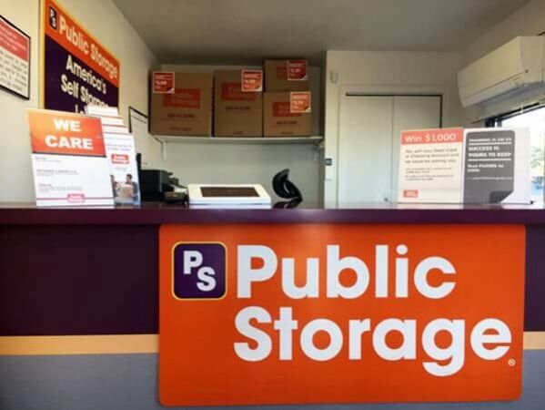 Public Storage - Englewood - 4550 S Federal Blvd 4550 S Federal Blvd Englewood, CO - Photo 2