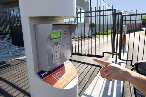 Public Storage - Glendale Heights - 2023 Schmale Rd 2023 Schmale Rd Glendale Heights, IL - Photo 4